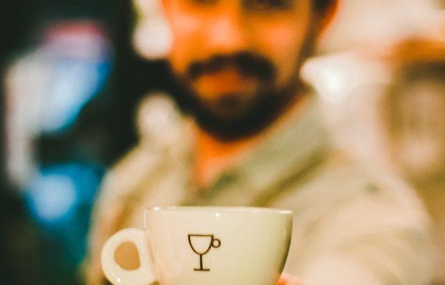 イタリアで日本人がエスプレッソではなく「普通のコーヒー」を飲みたい時の頼み方