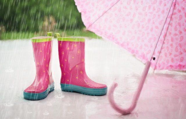 雨の日の家の中での遊び方!日本のママ達の定番3選&イタリアママのアイデア6選
