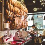 イタリアの世界一有名な「パルマの生ハム祭り」とは?日本で絶品生ハムを味わう方法