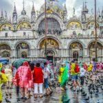 現地人が教える、「アクア・アルタ」のベネチアで観光客が注意すべき3つのこと